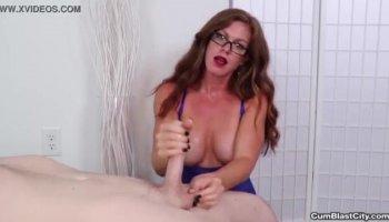 Lick my pussy customer