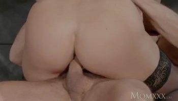 Big rack girlfriend anal banged on cam