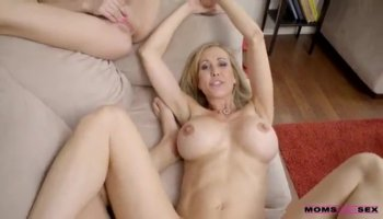 Cutie hottie chick wanted to get banged